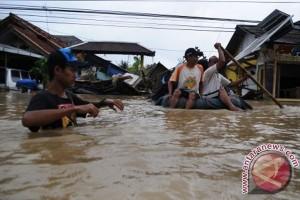 Ahok Yakin Tuntaskan Banjir Jakarta 2022