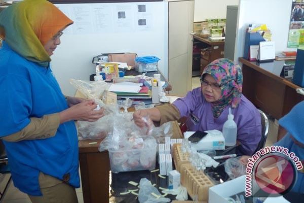 Makanan mengandung zat berbahaya beredar di Karawang
