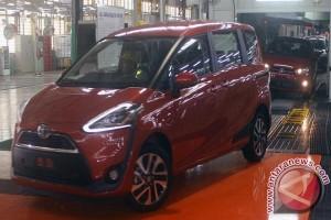 Menperin Minta Toyota Tingkatkan Kandungan Lokal Kendaraan