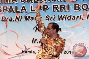 Parni Hadi: RRI Perlu Kembangkan `Radio Pasar`