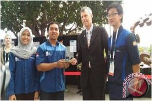 Indonesian Team Wins Chemical Car Competition In Australia