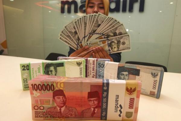 Kurs dolar AS menguat lebih lanjut