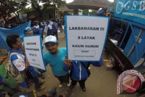 Buruh Jabar Protes Tenaga Kerja Asing Ilegal