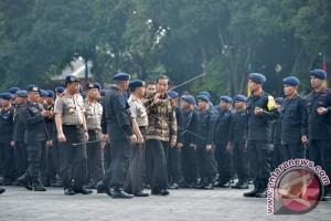Presiden Jokowi & Brimob