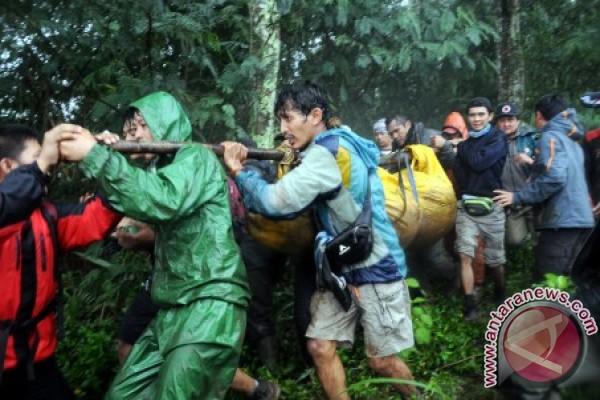 Satu Tewas Dalam Pendakian Di Gunung Pangrango