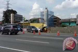 Tol Jakarta-Cikampek Berlakukan Contra Flow