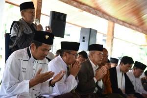 Masyarakat Lintas Agama Purwakarta Doakan Korban Gempa