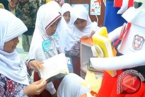 Russian Teachers Arrive In Jakarta To Study Indonesian Language