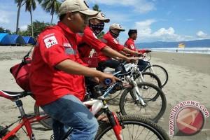 Pasukan Bersepeda PMI Sukabumi Dikerahkan Amankan Wisatawan