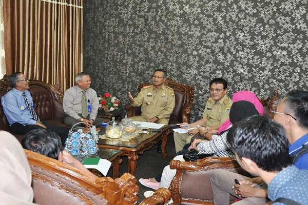Dirut Bank Lampung Dilelang, Siapa Minat?