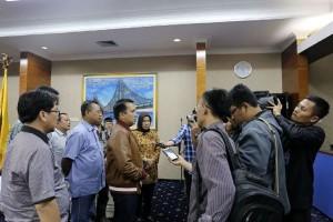 Gubernur Lampung Kunjungi Desk Pilkada 2017