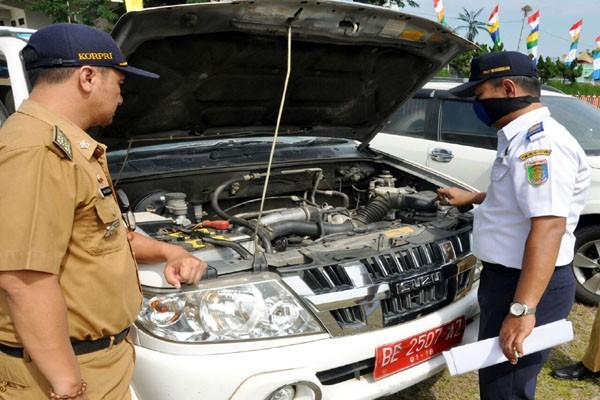 Kendaraan Dinas Di Lampung Dicek Untuk Pengawasan