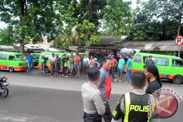 Angkot Kota Bogor Ikutan Mogok Operasi