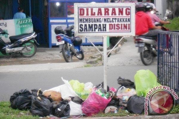 Ini Jumlah Petugas OTT Pembuang Sampah Sembarangan Bekasi