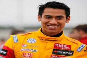 Sean Gelael Resmi Menggunakan Seragam Tim Formula 1