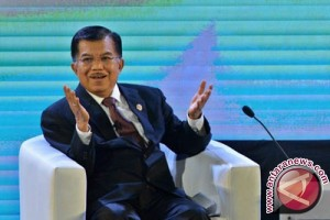 Vice President Jusuf Kalla Urges Indonesian Journalists To Use Acurate Data