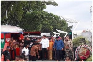 Presiden Joko Widodo Menyapa PKL Cihampelas