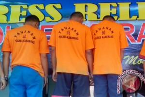 Polres Karawang Tangkap Tiga Anggota LSM