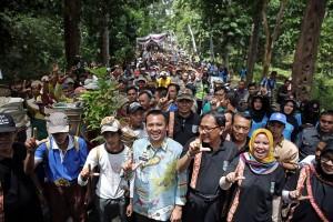 Festival Teluk Stabas IV Pesisir Barat Lampung Berlangsung Meriah