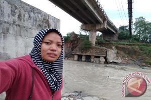Warga Jonggol Keluhkan Jalan Alternatif Yang Jauh