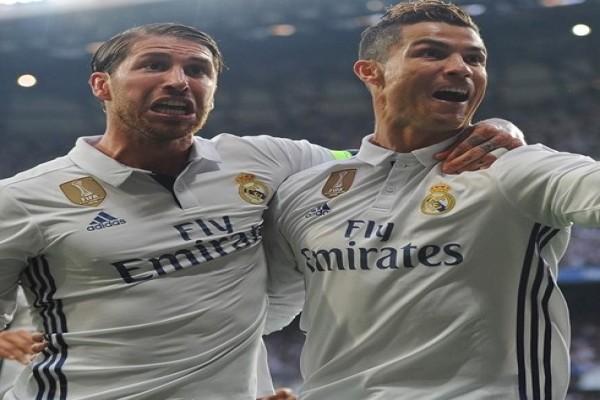 Real Madrid Mengalahkan Manchester United Dengan Skor 2-1