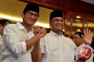 KPU Tetapkan Anies-Sandi Gubernur-Wagub Terpilih