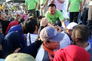 Lomba Jalan Sehat Berhadiah Dorprize Umroh Gratis Di Lampung