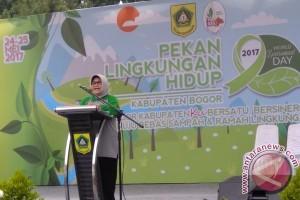 Berwisata Di Bogor, Bawa Kantong Keresek