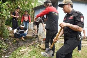 Bupati Purwakarta Libatkan Preman Bersih-Bersih Masjid