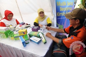 Ribuan Petugas Kesehatan Di Jalur Mudik Karawang