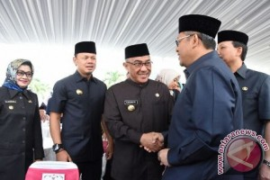 Idris Ajak Warga Depok Pupuk Semangat Gotong Royong