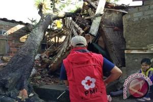 Puting Beliung Terjang Dua Kecamatan Di Sukabumi