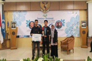 Mahasiswa IPB Rancang Aplikasi Smartphone Untuk Investasi Syariah