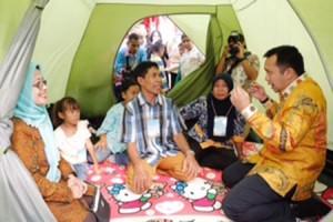 Gubernur Ridho: Fungsi Keluarga Tempat Berkumpul Semakin Berkurang