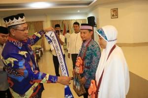 Pemerintah Provinsi Lampung Melepas 393 Calon Jemaah Haji Ke Tanah Suci