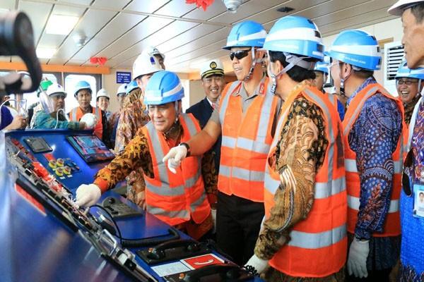 Kapal Tanker Minyak Pertamina Terbesar Diproduksi Di Lampung