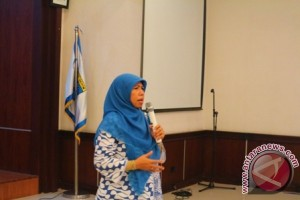 Elly Farida Ajak Warga Penuhi Hak Anak