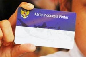 Mendikbud Bagikan 9.048 KIP Di Kota Bogor
