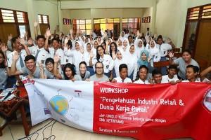 Beritel Uniqlo Menggelar Workshop Kewirausahaan Untuk SMK