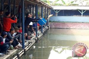 LKBN Antara Menggelar Lomba Mancing Meriahkan HUT RI (Video)