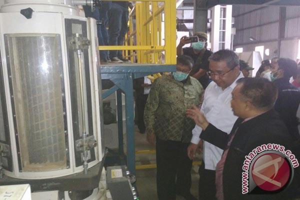 Menteri Desa Belajar Pengolahan Padi Ke Sukabumi (Video)