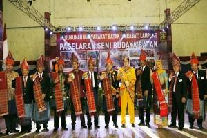 Gubernur Lampung Ridho Ficardo Meminta Warga Batak Memperkuat Kebhinekaan