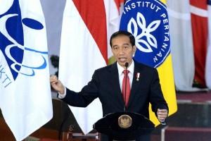 Presiden Dorong Lulusan IPB Berkontribusi Memajukan Sistem Pertanian Indonesia