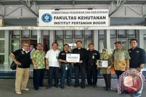 Alumni Fahutan IPB Galang Dana Untuk Rohingnya