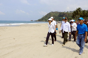 Ini Kata Gubernur Lampung Ridho Ficardo Soal Pantai Teluk Nipah