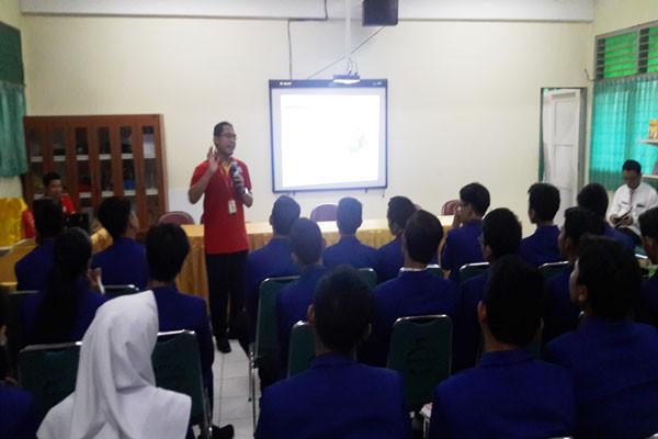 'Alfamart Mengajar' Digagas Sambut HUT Ke-18
