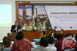 Peneliti Luar Negeri Bicara Skill Tenaga Kerja Indonesia dalam Seminar Intercafe IPB