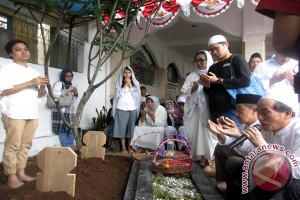 Saiful Hadi Dimakamkan Di Bogor (Video-2)