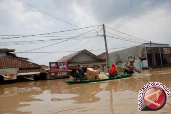 Banjir terjadi di sejumlah daerah di Jawa