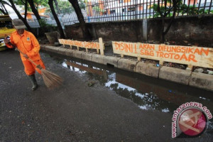 Petugas kebersihan Purwakarta diminta merawat hasil pembangunan